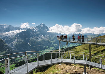 First Cliff Walk is of a 40-metre long one-rope suspension bridge, climbing stairs and a 45-metre long observation platform.