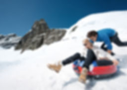 Jungfrau Snow Fun Park, ski, sledge and flying fox for families, adults and kids