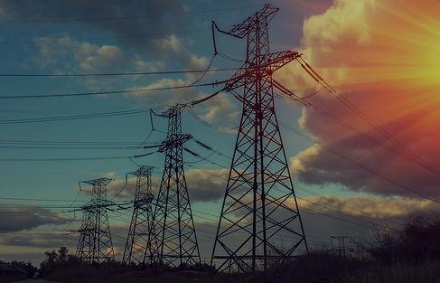 Abertura e manutenção de linhas elétricas limpeza e trituração