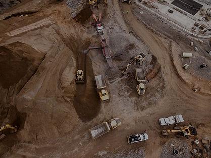 Construção civil e demolição reciclagem de material e compactação de solo