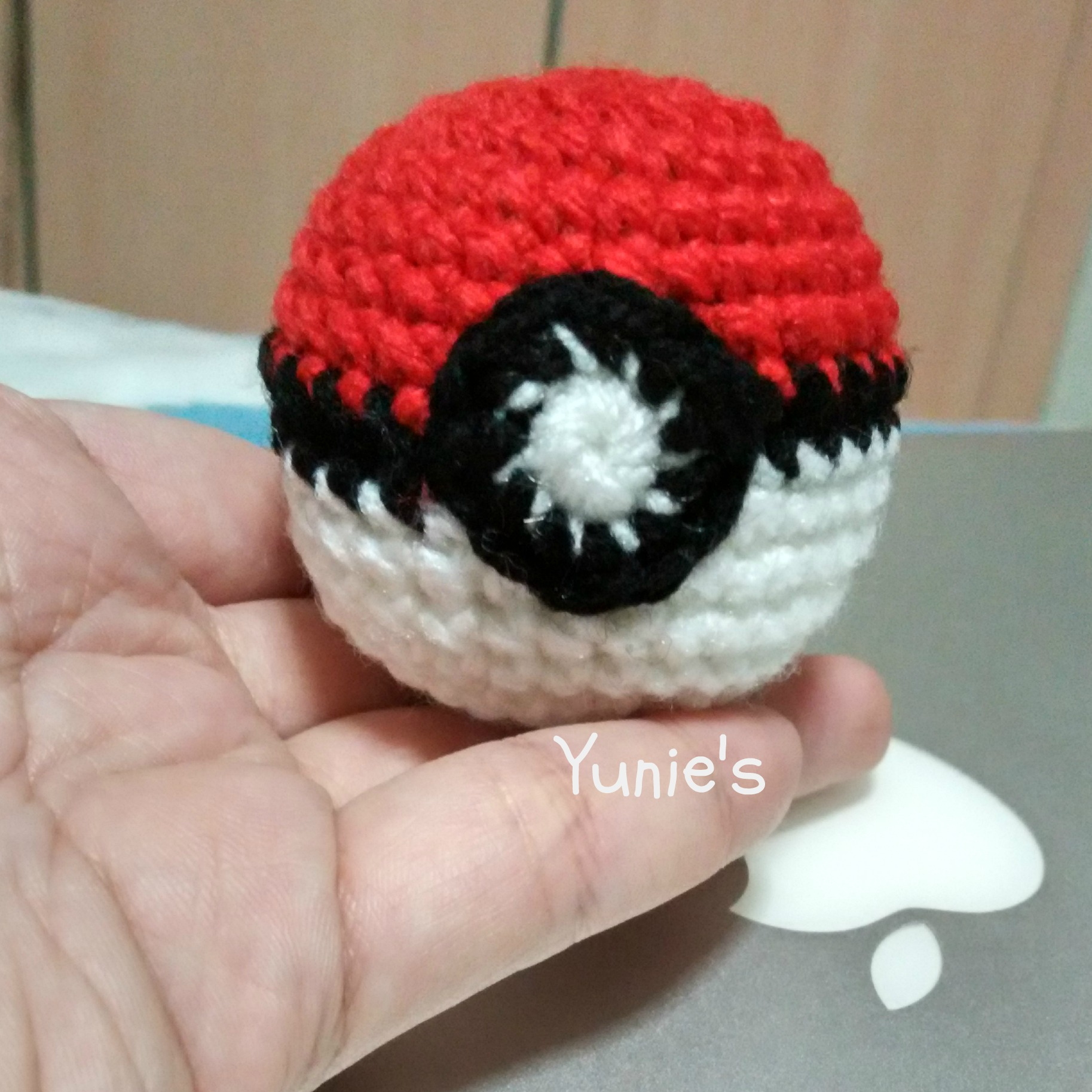 Free crochet pattern : PokeBall | Free Crochet Pattern | Singapore ...