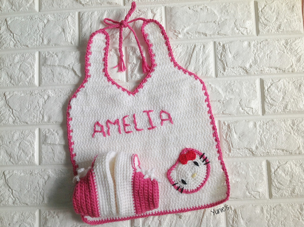 Crochet Hello Kitty Bib