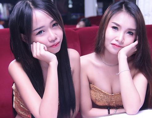 泰国A go go bar一些个人感想,砸钱一时爽