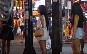 在曼谷的女孩