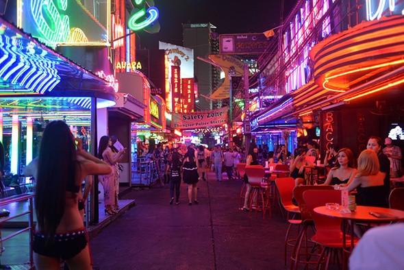 曼谷牛仔街Cowboy