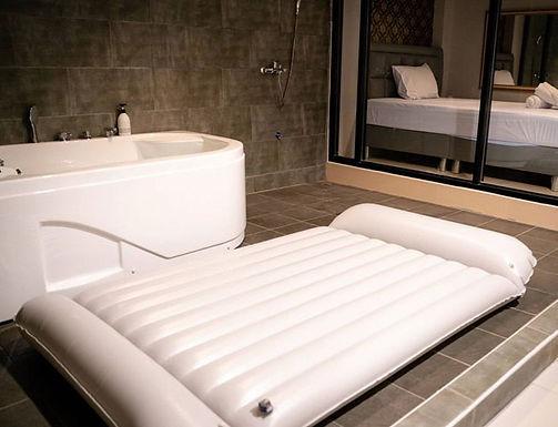 SNCTM, 曼谷新开一家正宗的日式水床情色按摩