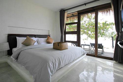 Ladyboy Friendly Hotel in Lamai