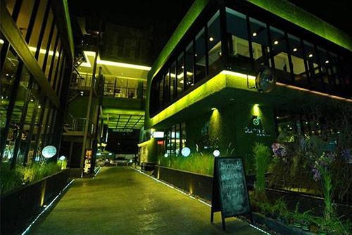 Bangkok Party Hotel