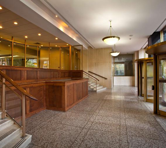 KVB - Entrance