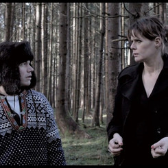 Lass uns abhauen, Regie Isa Micklitza, mit Sebastian Urzendowsky