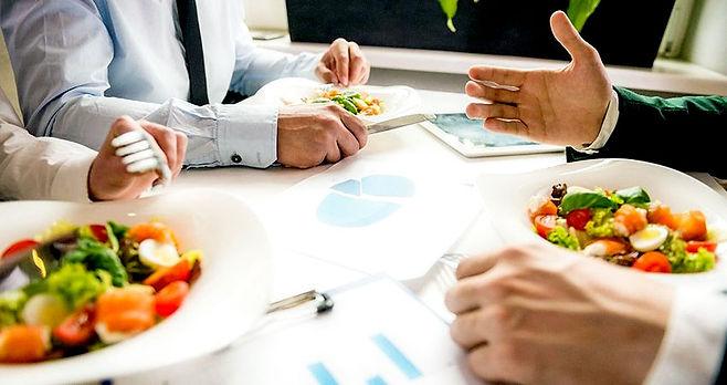 respeta-el-horario-de-comidas1.jpg