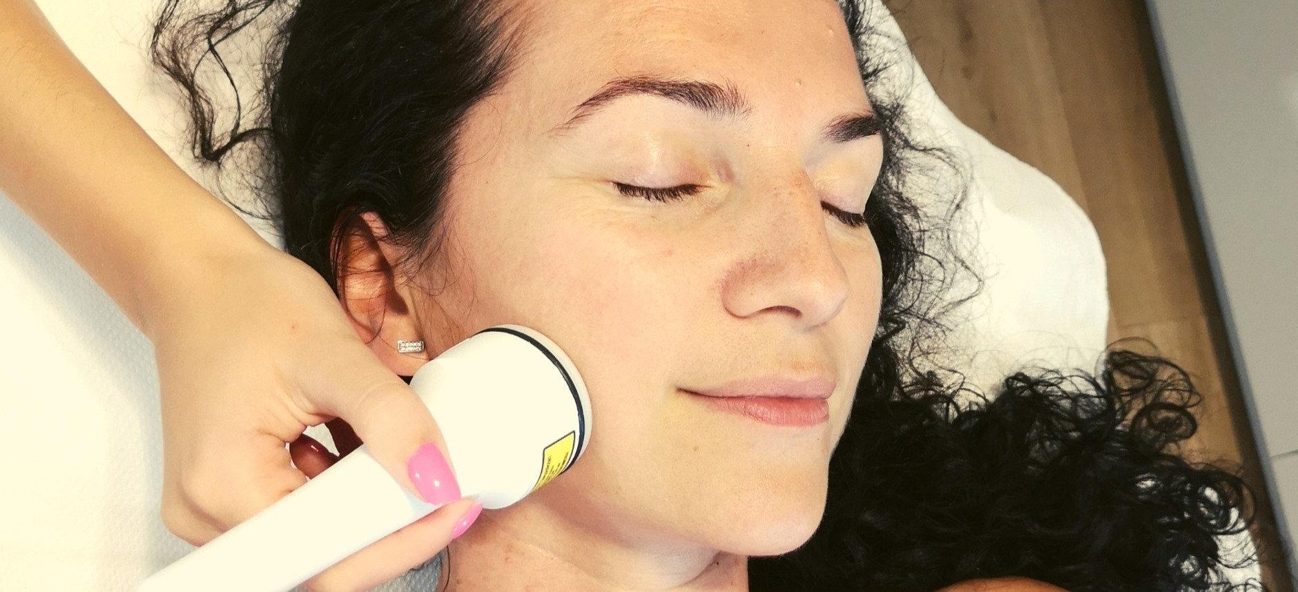 Tratament facial radiofrecvență