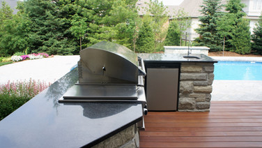 Outdoor Kitchen in your own back yard.