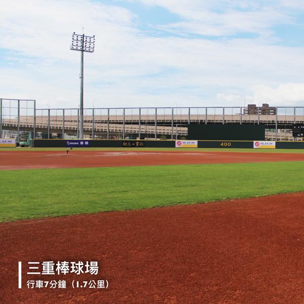 14_三重棒球場_內部.png