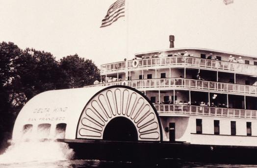 delta-king-riverboat