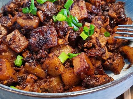 Savoury Fried Black Carrot Cake (Chai Tow Kway)