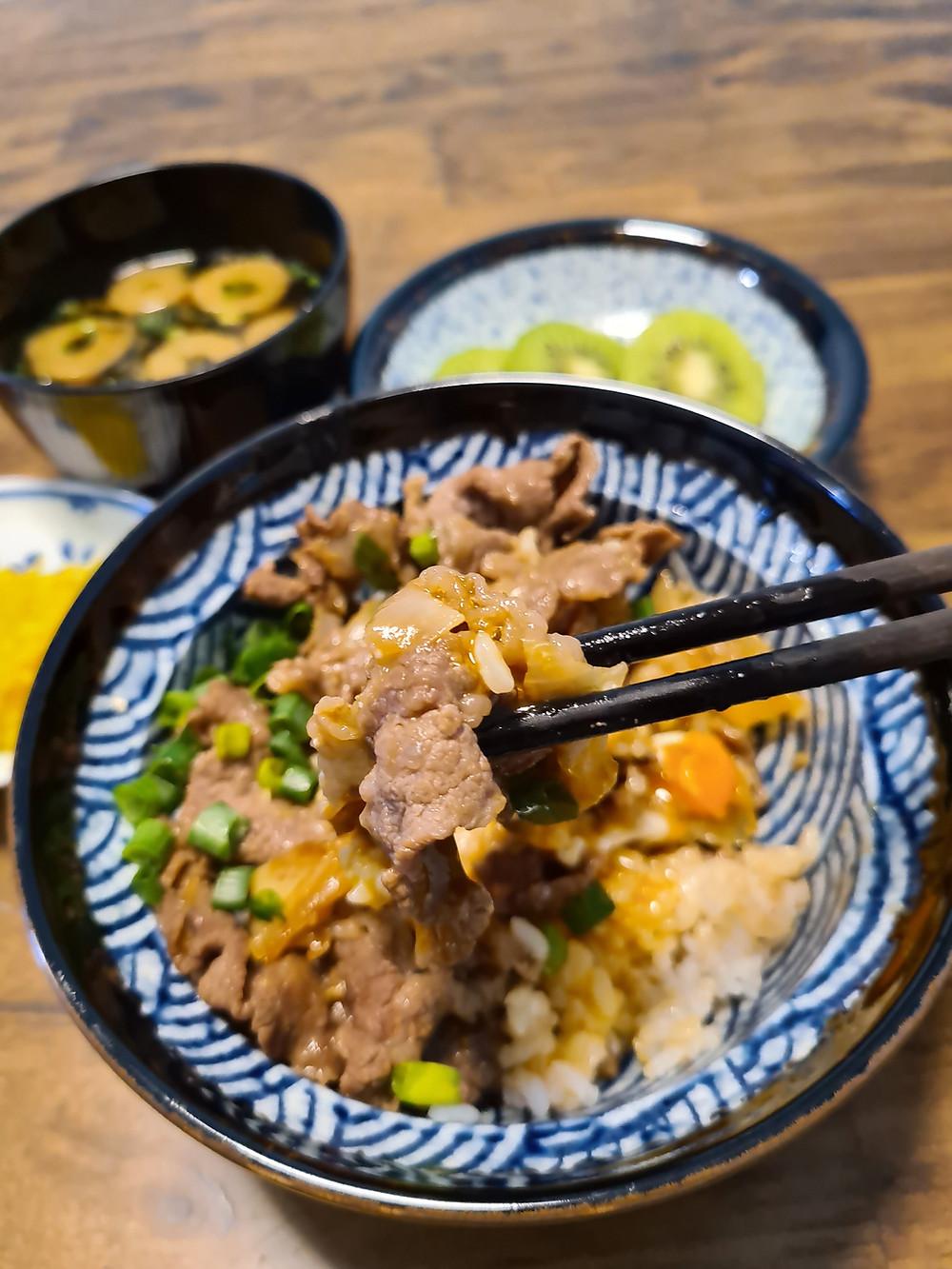 gyudon, beef bowl