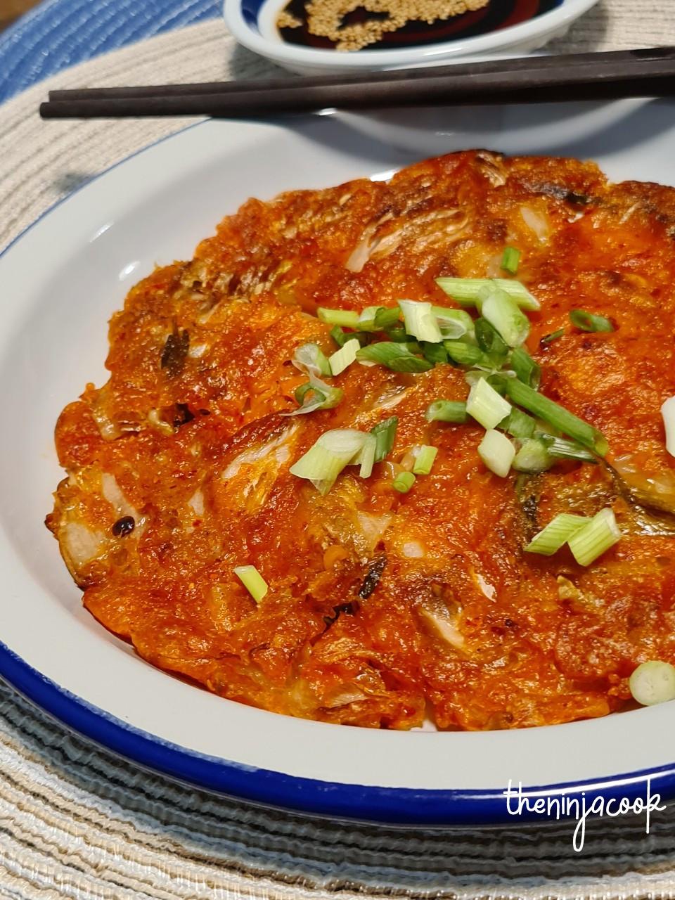 kimchi pancake, kimchjeon, korean recipes, asian food