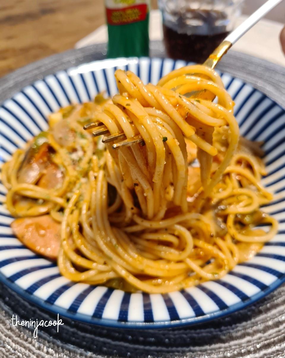 Napolitan spaghetti, Japanese pasta