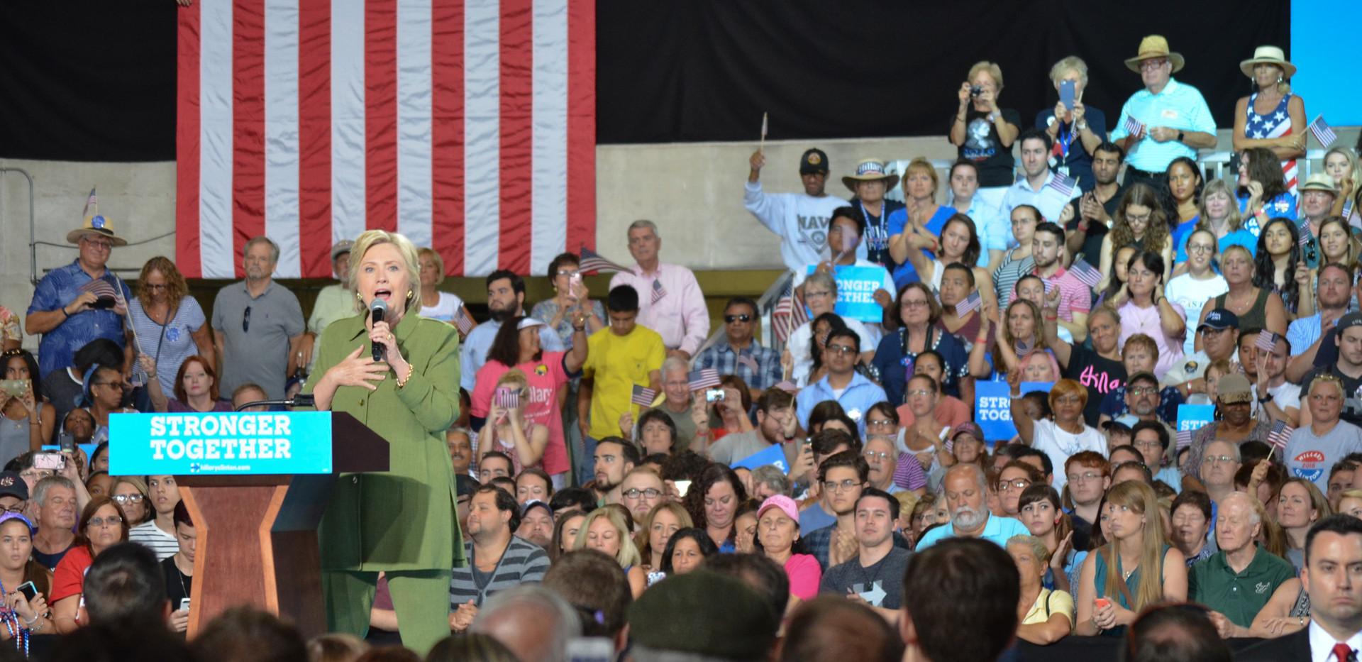 Hillary Clinton -3.jpg