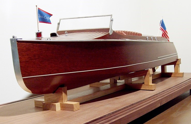Chris Craft runabout - bow detail
