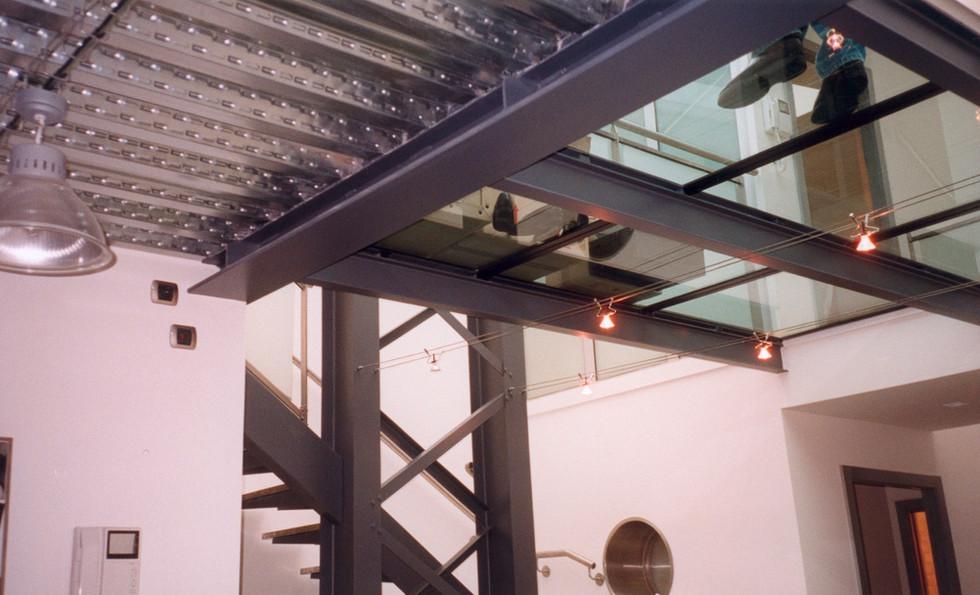 plancher de verre Leval. 1