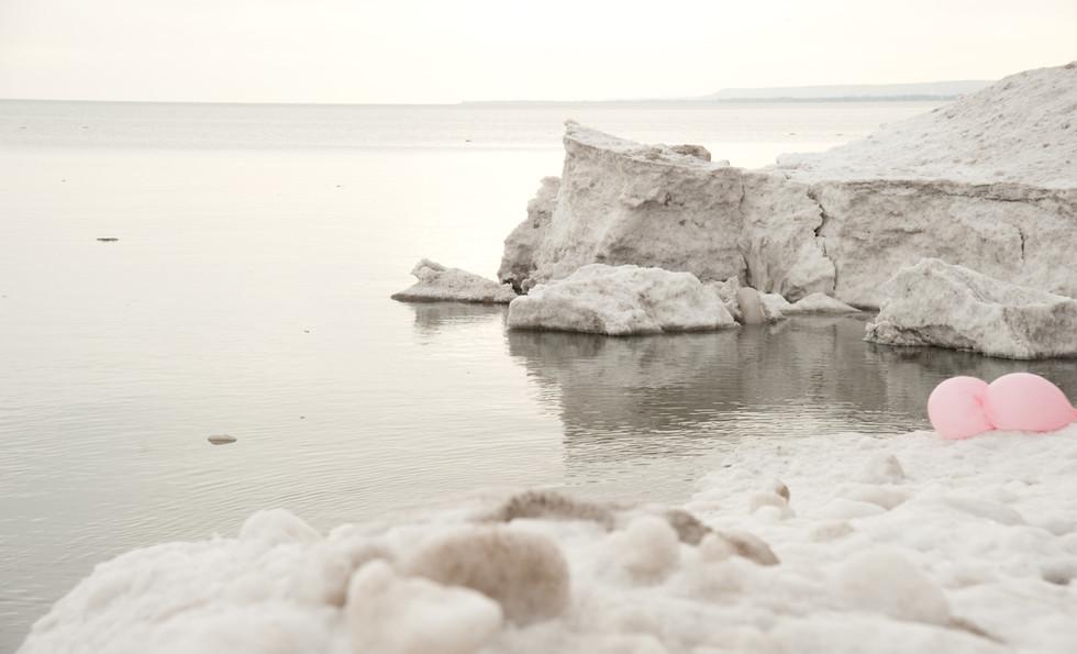 Ontario lake on Hamilton beach