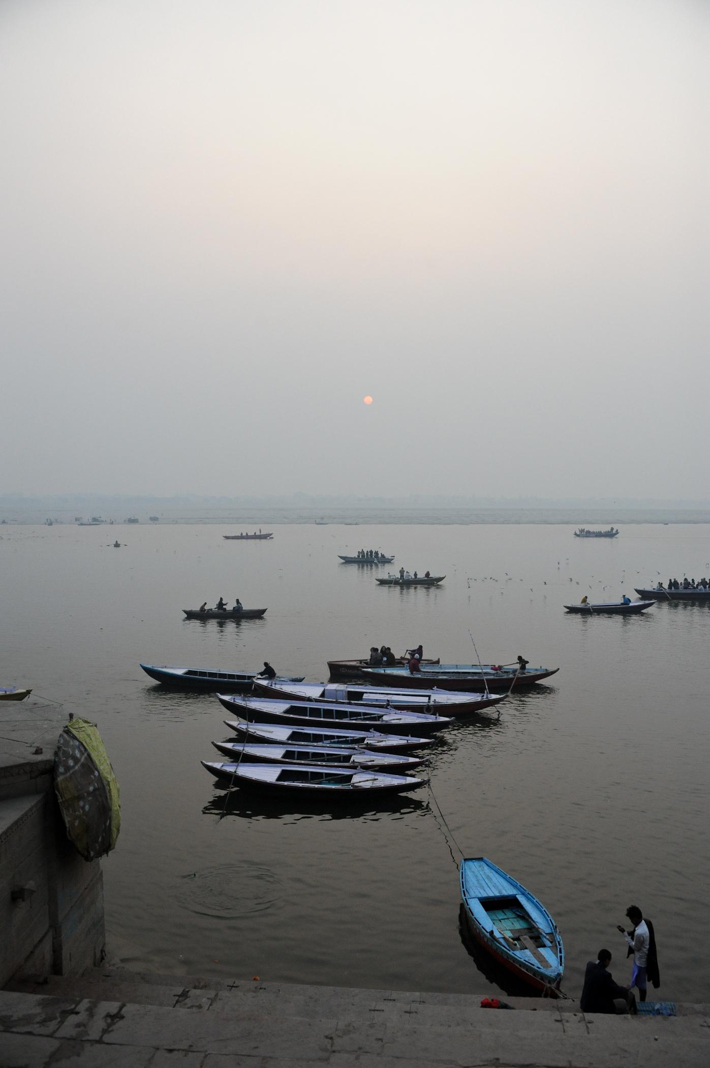 L'aube naissante à Benares