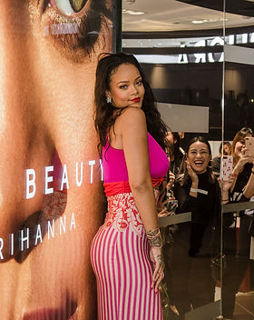 Rihanna_sg 001.jpg