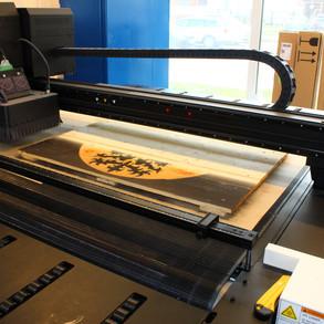 Palete v tiskové stroji anaurna i1650 LED