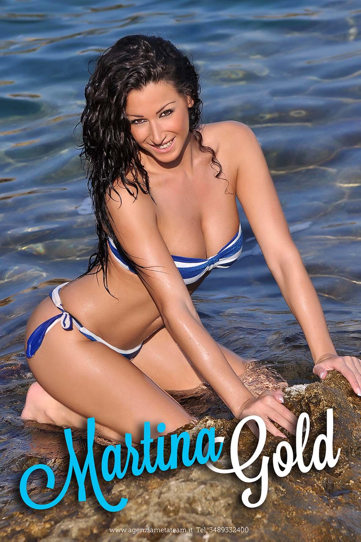 Martina Gold 7.jpg