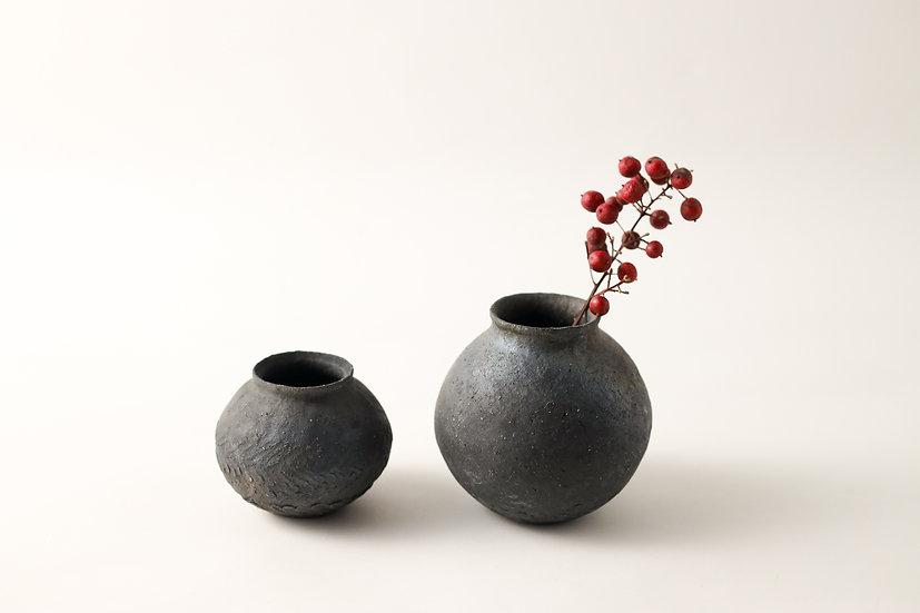 【フルカワゲンゴ】炭化・黒・花器