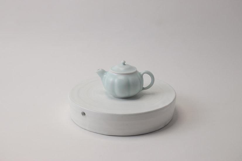 【中村豊実】茶承・丸・白・穴有り
