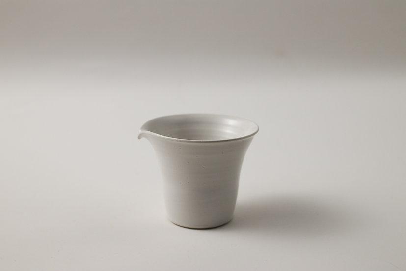 【中村豊実】茶海・円柱・白(NT-250)