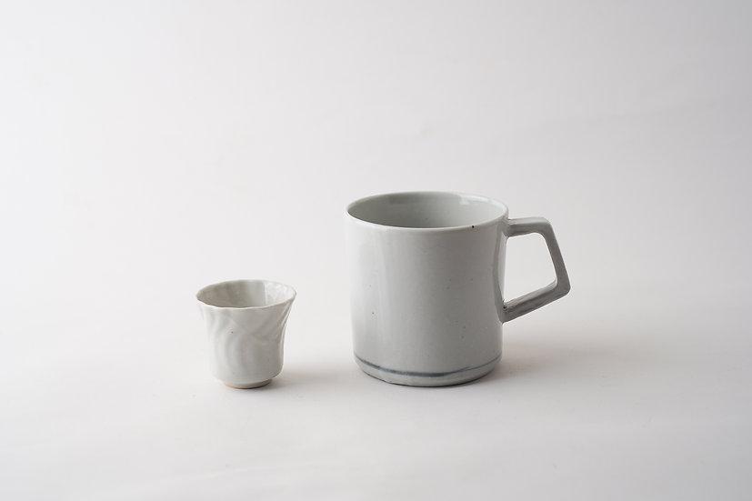 【安齋新・厚子】白磁ねじり杯/白磁マグカップ