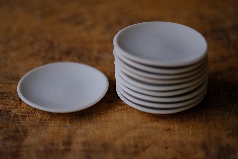 【古い道具】白磁・茶托(豆皿)