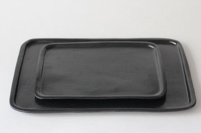 【中村豊実】細リム琺瑯型角皿・黒