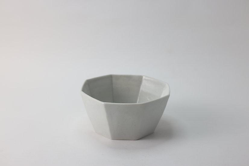 【竹下努】青白磁八角深鉢(TTM3-15)