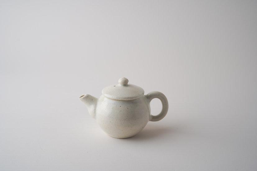 【髙木剛】白磁茶壺(TG4-41)