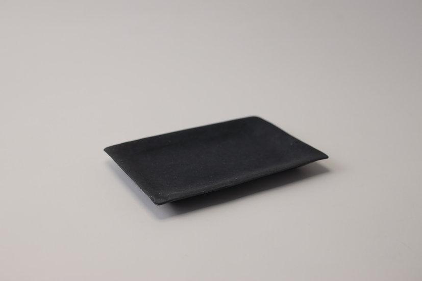 【フルカワゲンゴ】炭化・黒・長方皿(FG1- 3)