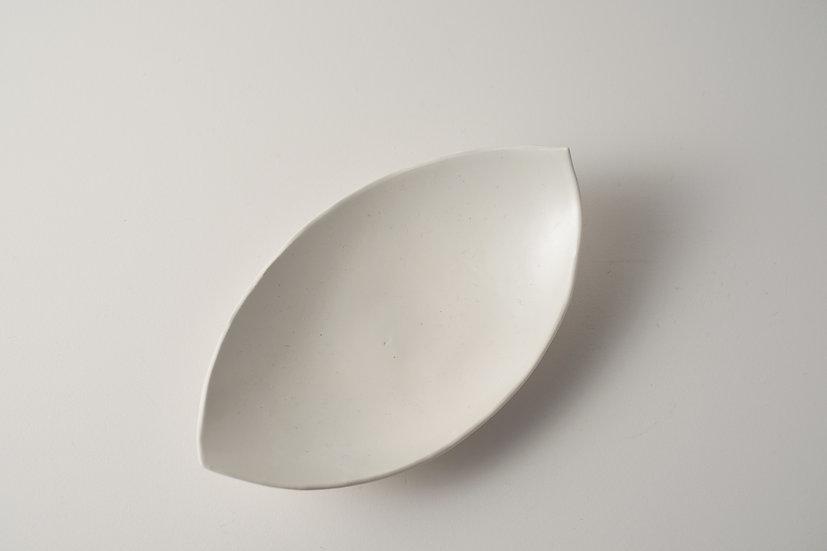 【中村豊実】バラン型皿・白165*95