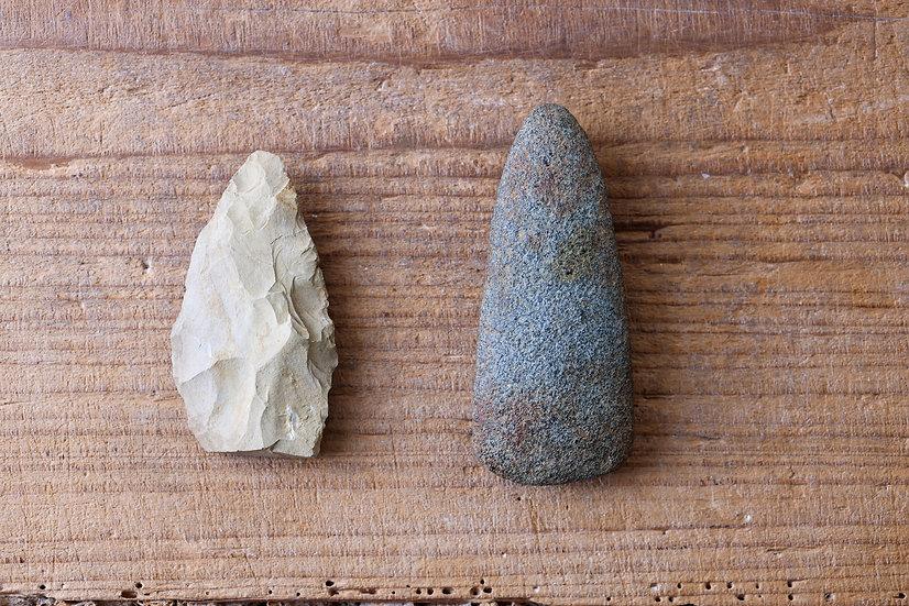 【古い道具】石刃鏃(せきじんそく)・石斧