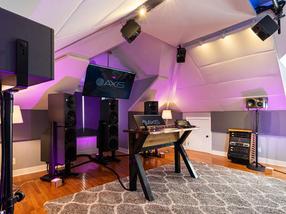 Neumann monitor untuk audio imersif di Axis Audio