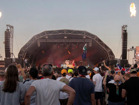 Silverstone entertains 140,000 fans with Electro-Voice and Dynacord