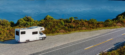 rv-lake-wanaka-viewpoint-with-snow-capped-mountains-distance_edited.jpg