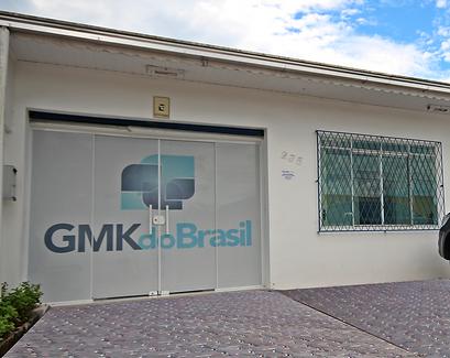 FOTO-FRENTE-GMK.png