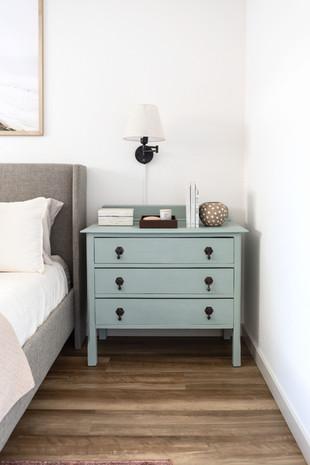 blue-copper-design-condo-glow-up-lif