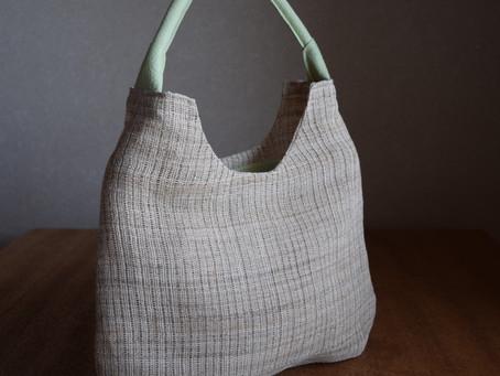 麦わら帽子のようなbag