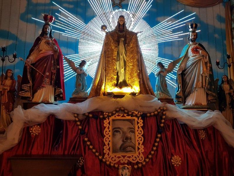 Altar Central