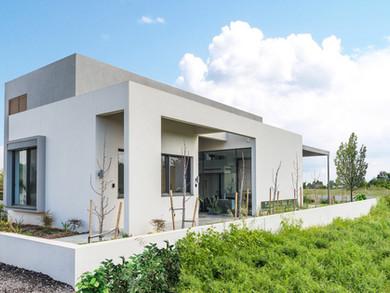 Location: Hashron Total floor area: 380 sqm Total site area: 601 sqm Program: Single family house Design & built: 2016-2018